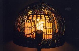 ステンドグラスランプ竹取物語裏木戸工試作品
