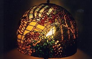 ステンドグラスランプ竹取物語萩と部屋作品