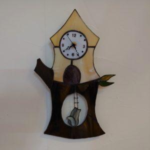 ステンドグラスのキットリスの振り子時計