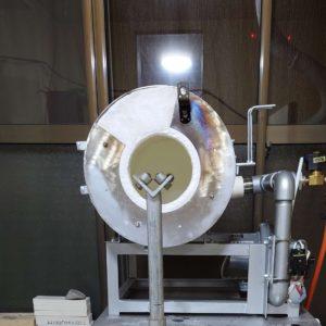 吹きガラス用のガラス形成用の焼成炉開口小